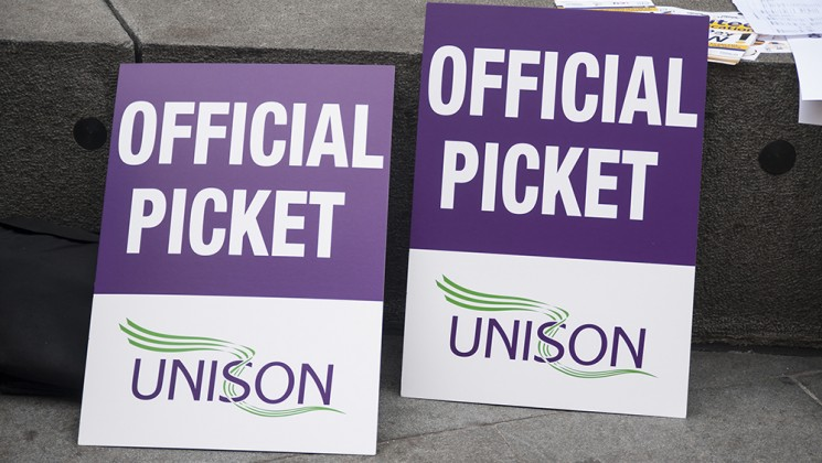 strike_placards